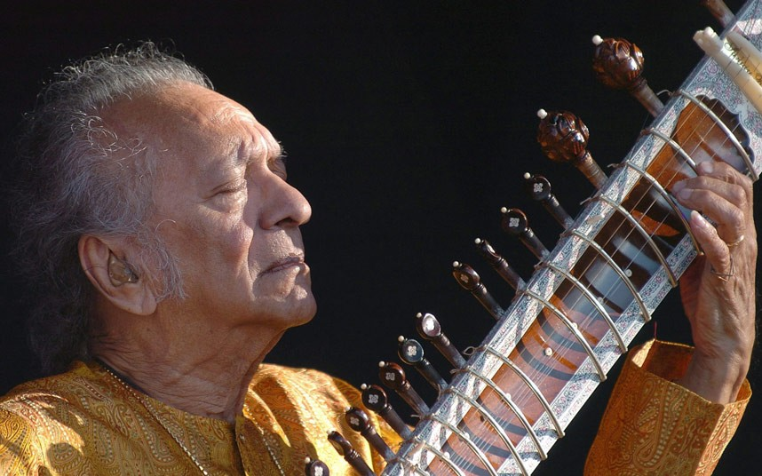 ravi-shankar-4-2425228k.jpg